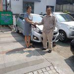 Foto Penyerahan Unit 5 Sales Marketing Mobil Dealer Daihatsu Cimahi Wiwik