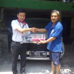 Foto Penyerahan Unit 5 Sales Marketing Mobil Dealer Toyota Surabaya Zainal Abidin