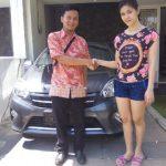 Foto Penyerahan Unit 8 Sales Marketing Mobil Dealer Toyota Surabaya Zainal Abidin