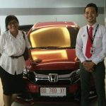 Foto Penyerahan Unit 7 Sales Marketing Mobil Dealer Honda Makassar Ukhy