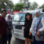 Foto Penyerahan Unit 1 Sales Marketing Mobil Dealer Mobil Suzuki Asmawati
