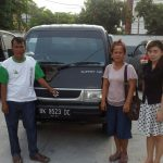Foto Penyerahan Unit 3 Sales Marketing Mobil Dealer Mobil Suzuki Asmawati