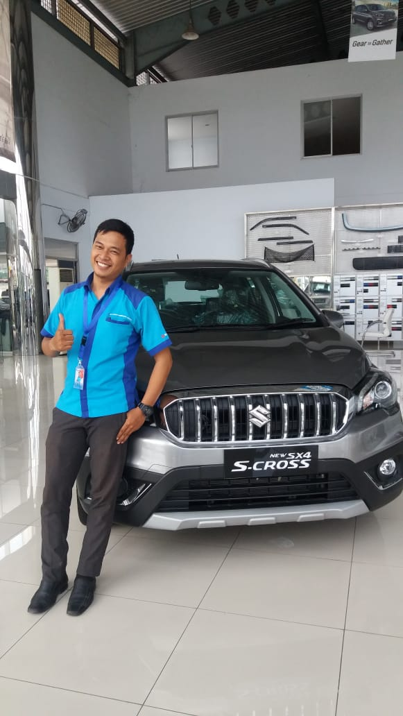 Sales Marketing Mobil Dealer Suzuki Darwis